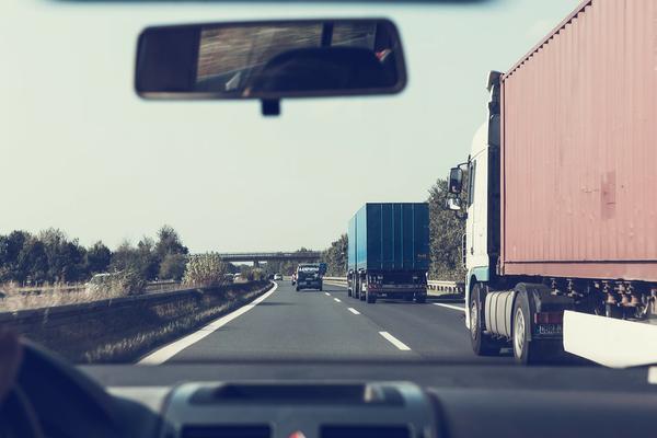 Wynajem samochodów dostawczych z gdańska
