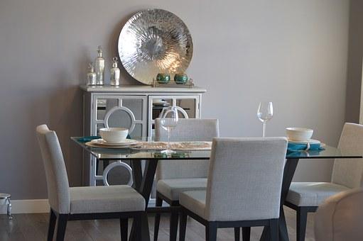 wygodne krzesła do jadalni tapicerowane